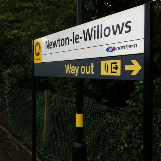 Newton le Willows Network Railway Station Way Out primaDURA sign